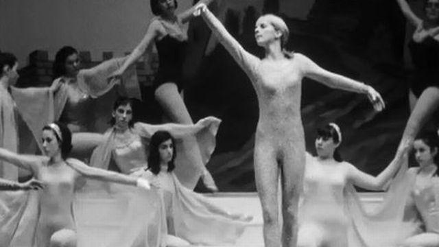 Des merveilles avec ce ballet dansé par des amateurs. [RTS]