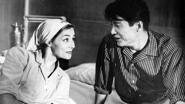 """Marguerite Duras a signé le scénario de """"Hiroshima mon amour"""", le chef d'oeuvre d'Alain Resnais. [The Picture Desk/Kobal - AFP]"""