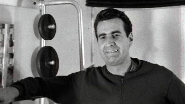 Raymond Sauvet défend les vertus de la culture physique.