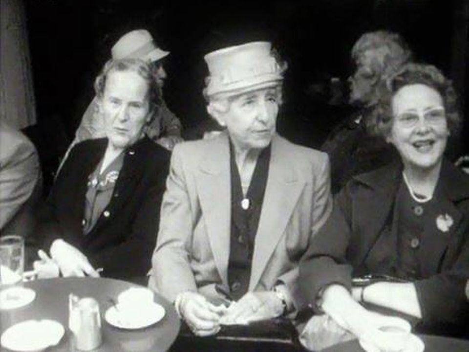 Les Suisses vieillissent... constat posé en 1962. [RTS]