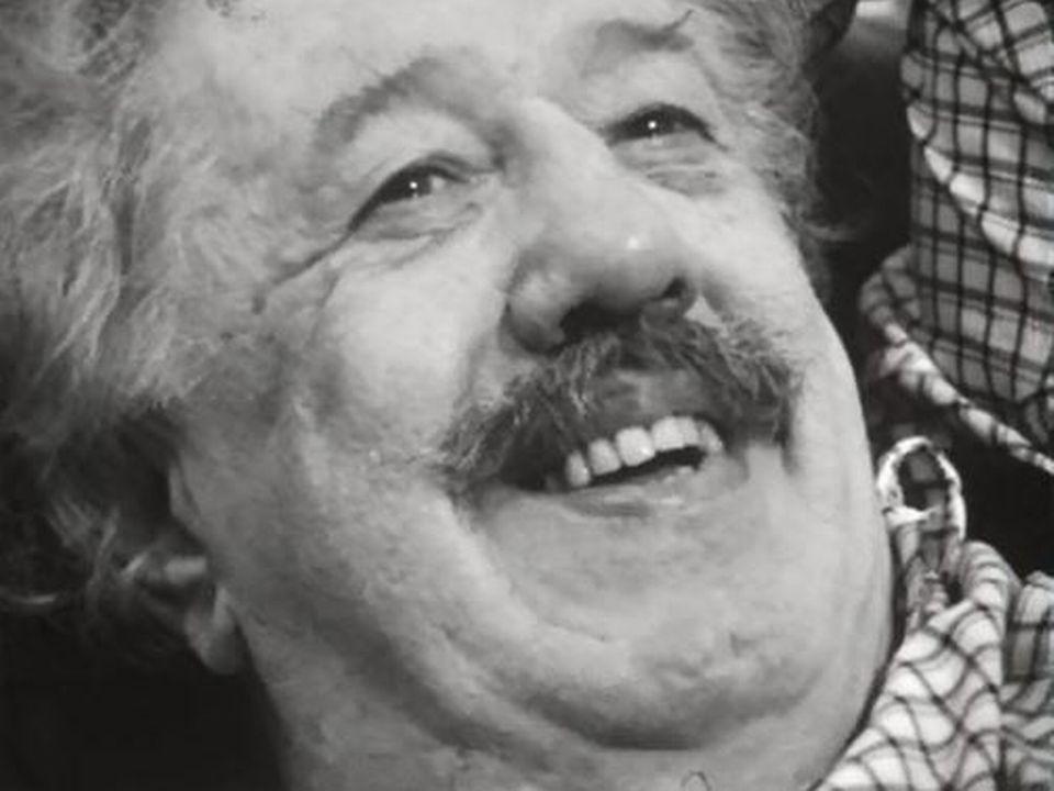 De sa loge, Michel Simon confie sa joie de rejouer au théâtre. [RTS]