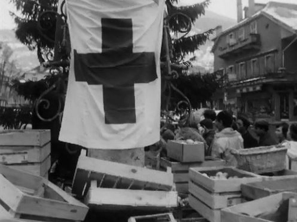 La Suisse romande se mobilise pour aider les sinistrés italiens. [RTS]