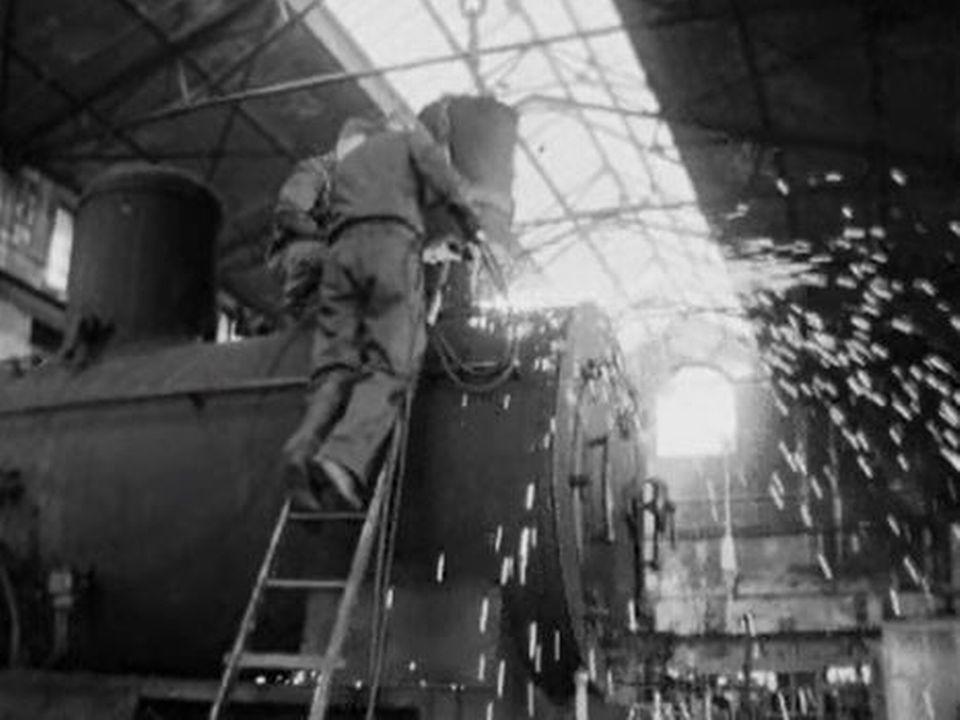 Les dernières heures d'une locomotive à vapeur B3-4. [RTS]