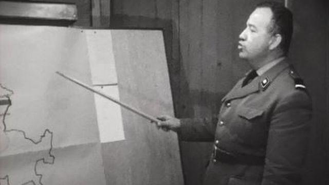 Les troupes rouges ont envahi la Suisse par le front de l'est. [RTS]