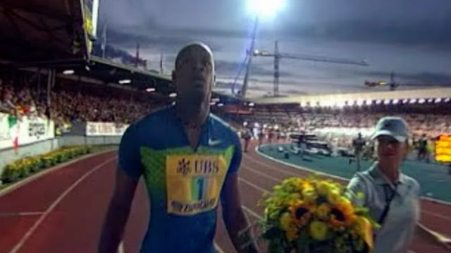 Le sprinter jamaïcain égale son propre record du monde.