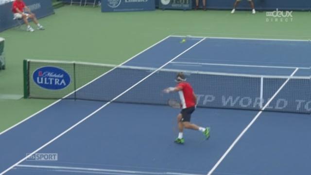 Finale: David Ferrer (ESP)  -  Roger Federer (SUI). 2e manche: le plus bel échange du match est pour Ferrer qui mène 5-1 [RTS]