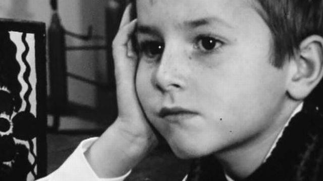 Qui est ce garçon qui a un avis sur tous les mystères de Noël? [RTS]