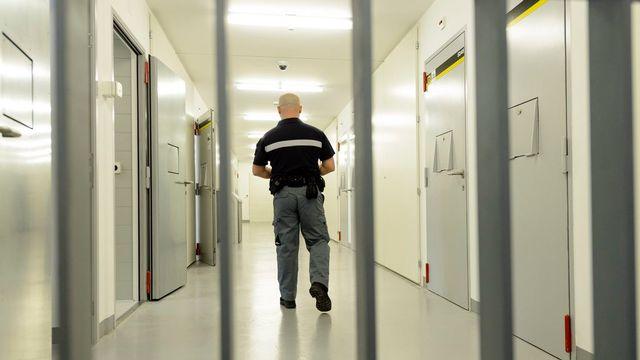 Les gardiens de la prison de la Croisée à Orbe se sont fait agresser au moment du service du repas par deux détenus. [Laurent Gillieron - Keystone]