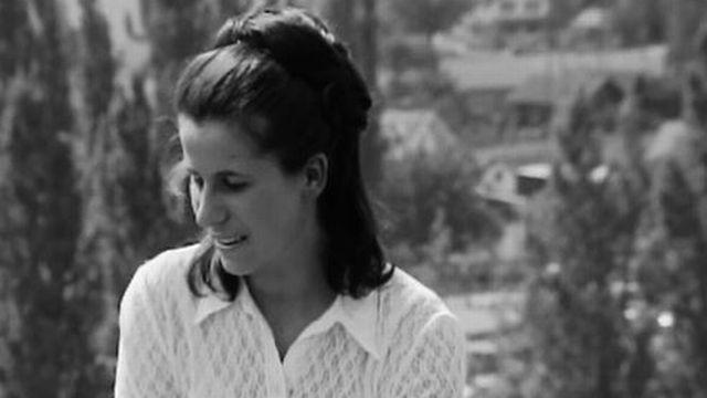 Interview d'une jeune habitante d'Aigle, dans Le Chablais vaudois. [RTS]