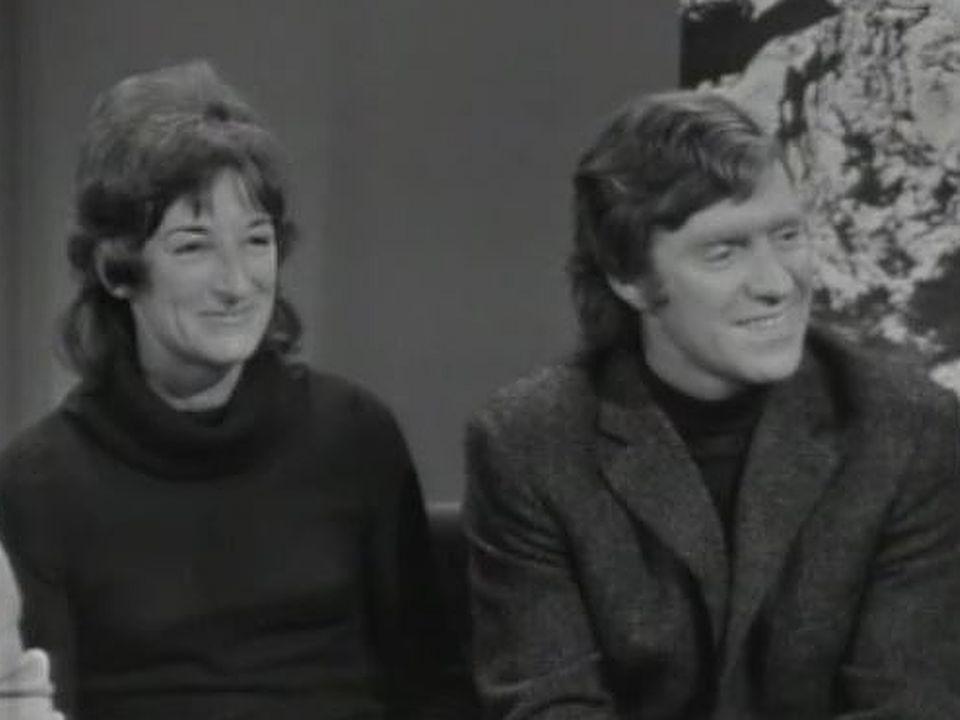 Les alpinistes genevois Michel et Yvette Vaucher en 1971. [RTS]