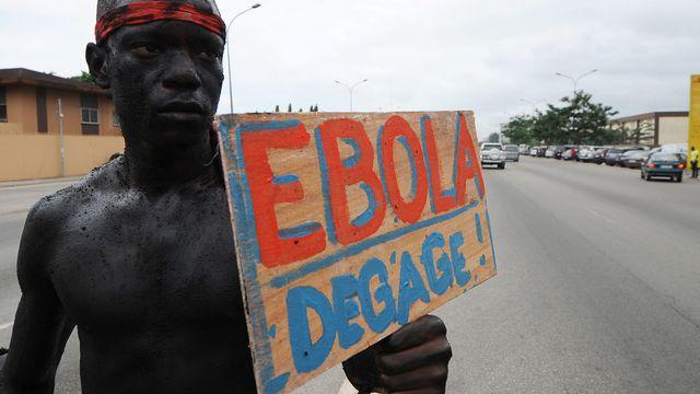 Le monde entier tremble devant le virus ébola qui sévit en Afrique. [Sia Kambou - AFP]