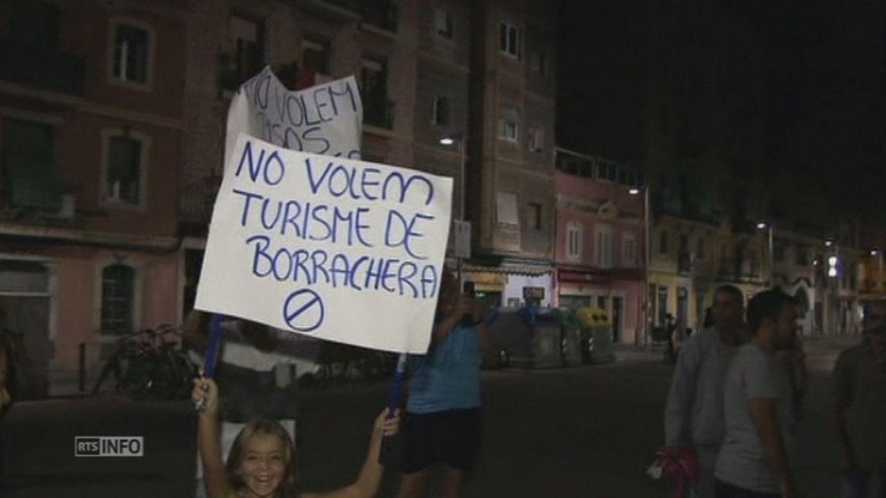 Les Barcelonais en ont marre des touristes bourres [RTS]