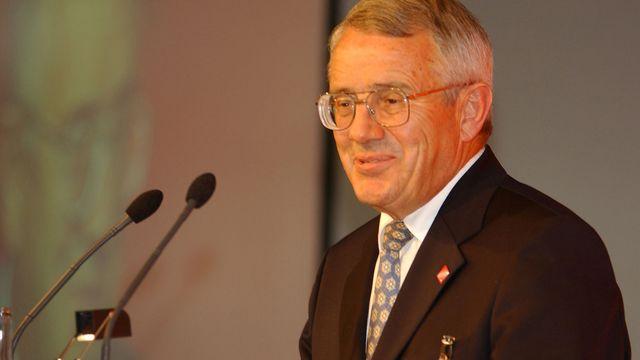 L'ancien conseiller fédéral Arnold Koller en 2002. [Regina Kuehne. - Keystone]
