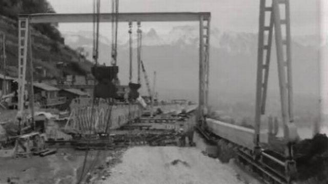 Les viaducs de l'autoroute sont mis en chantier au-dessus de Lavaux [RTS]