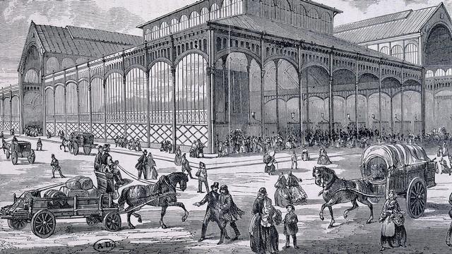 Le pavillon des Halles de Paris, vers 1860. [Gianni Dagli Orti - The Art Archive / Bibliothèque des Arts Décoratifs Paris / AFP]