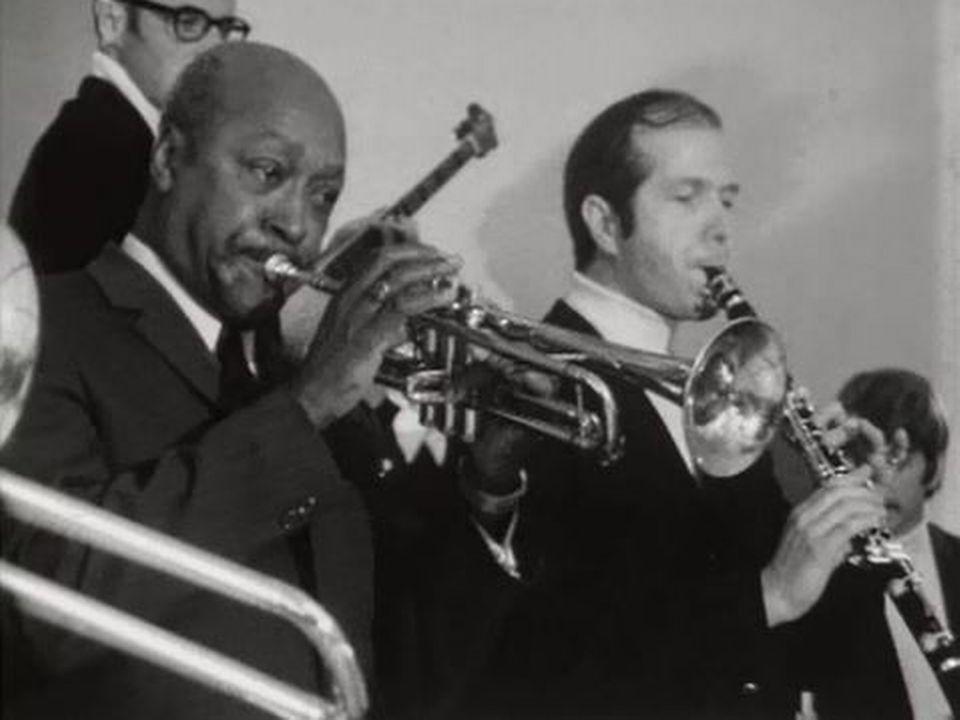 Le Gentleman de la trompette est l'invité de l'émission Carrefour. [RTS]