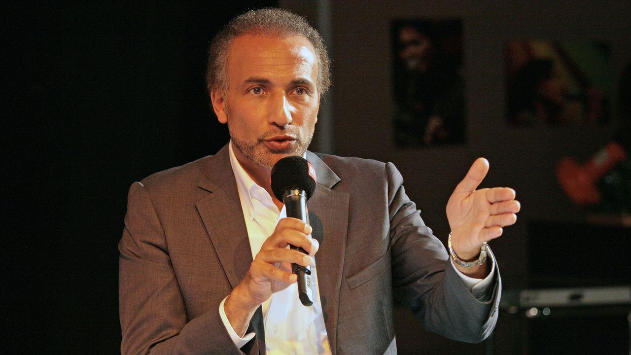 """Tariq Ramadan lors de l'émission """"L'Agence"""" du 29 septembre 2013. [Cécile Möller - RTS]"""