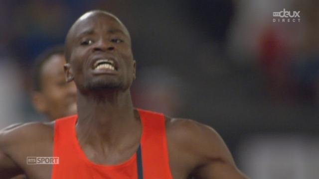800 m messieurs: en 1'43''77, Nijel Amos (Botswana) bat Ayanieh Suleiman (Djibouti). David Rudisha (Ken) seulement 3e [RTS]