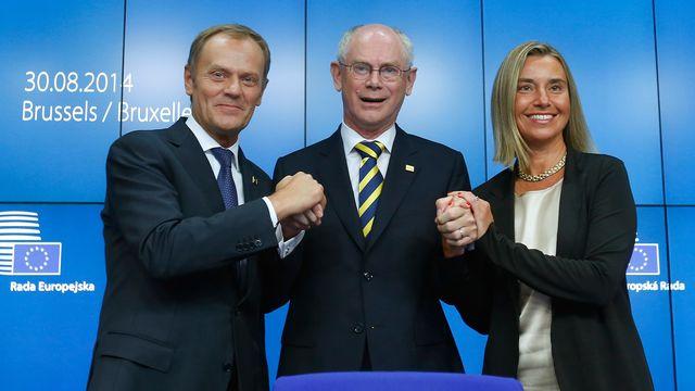 Les nouveaux élus - Donald Tusk comme président du Conseil européen et Federica Mogherini comme chef de la diplomatie européenne - entourent le président sortant Herman Von Rompuy. [Yves Herman - Reuters]