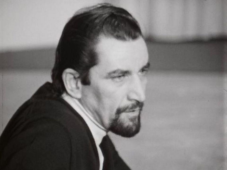 Considérations de Maurice Béjart sur une danse japonaise. [RTS]