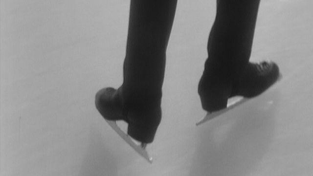 1969, un patineur à l'entraînement. [RTS]