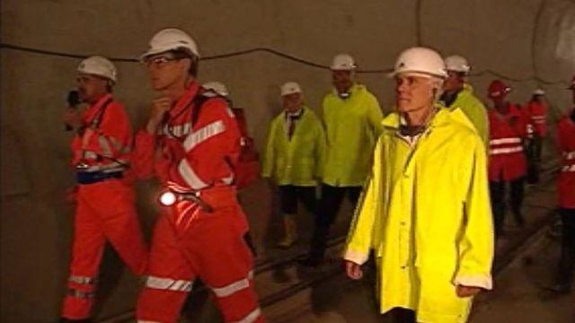 Visite du chantier du Gothard avec Moritz Leuenberger.