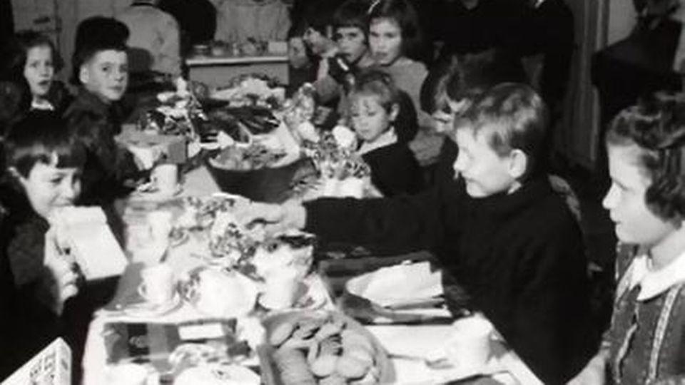 La fête de Noël pour les enfants à la chartreuse de Valsainte. [RTS]
