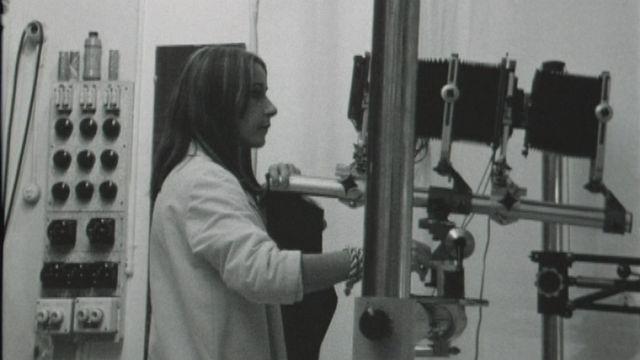 Le métier de photographe en 1968. [RTS]