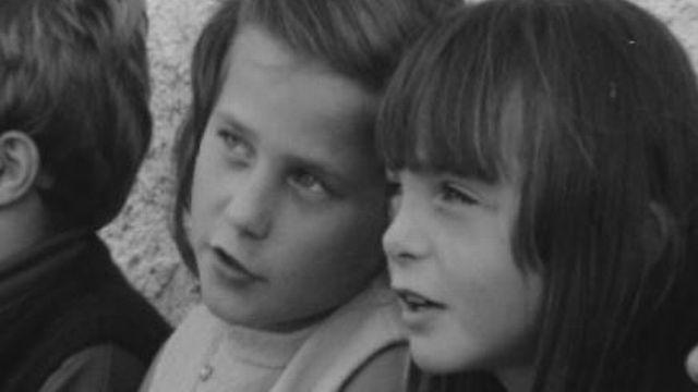 Le regard des enfants sur la vieillesse en 1970. [RTS]