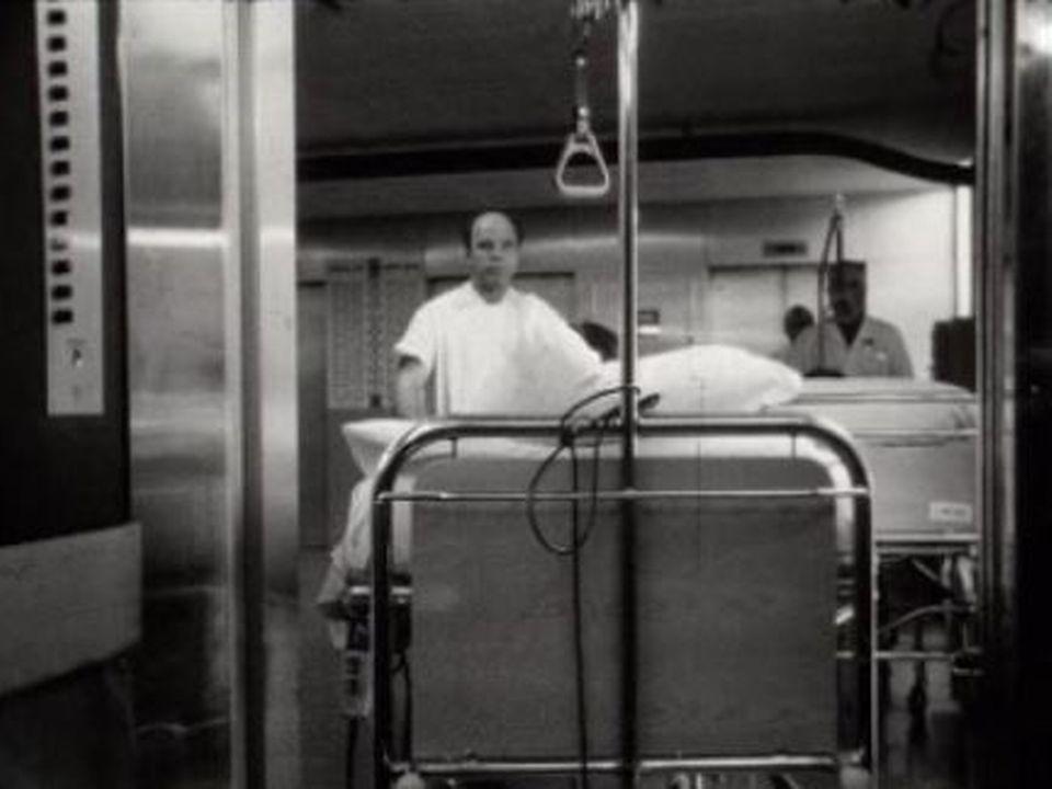 Visite à l'hôpital de Genève en 1970. [RTS]