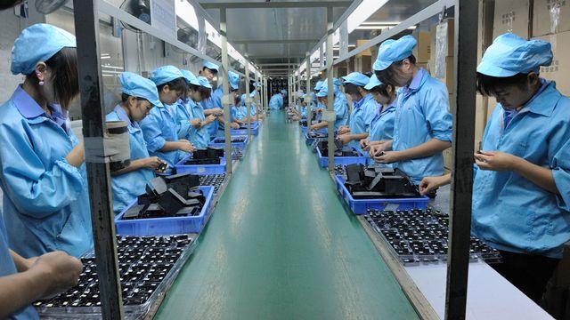 Les conditions de travail restent mauvaises chez la plupart des fabricants de smartphones et chez leurs sous-traitants, souvent localisés en Chine. [AFP]