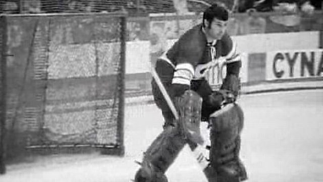 Gardien de hockey en 1968. [RTS]