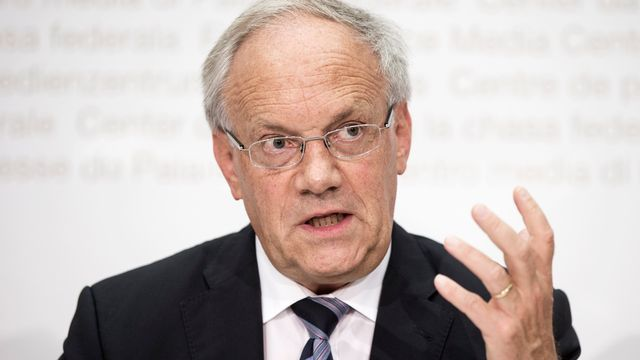 Le conseiller fédéral Johann Schneider-Ammann défend la transparence de son ex-entreprise. [Keystone]