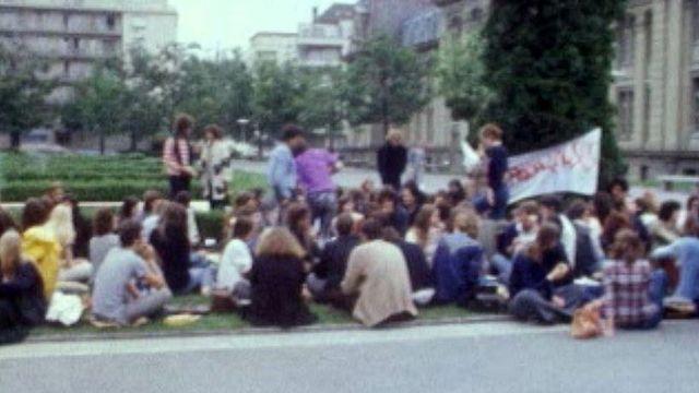 Les étudiants vaudois revendiquent la liberté d'étudier. [RTS]
