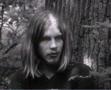 Libre d'être hippie - rts.ch - Temps présent