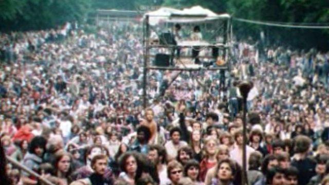 Quand le festival culturel genevois était encore au Bois de la Bâtie.