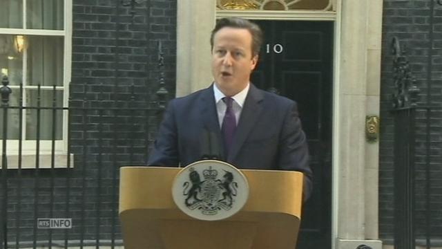 Le Premier ministre britannique réagit au non [RTS]