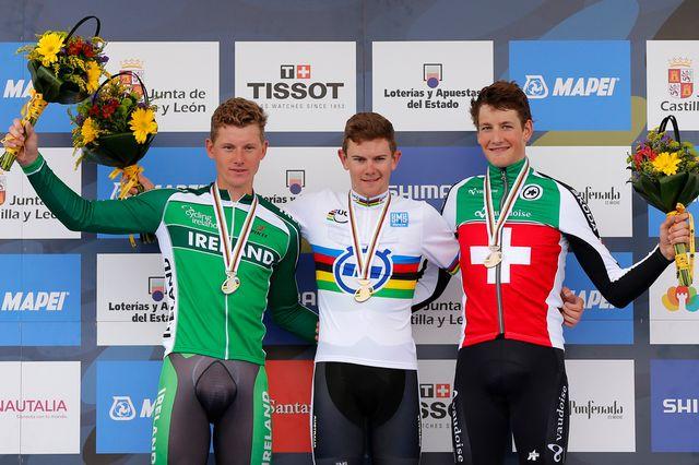 Küng (à droite) décrochera-t-il l'or mercredi lors de la course en ligne? [Keystone]