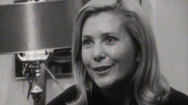 Cinq femmes témoignent de leur vie en solitaires en 1968.
