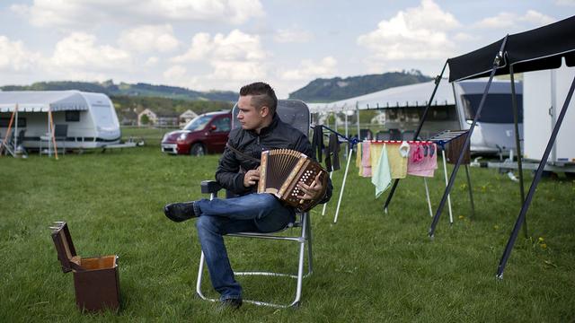 Membre des gens du voyage, Jessy Gerzner est photographié à l'Allmend (BE), le 23 avril 2014. [Gian  - Keystone]