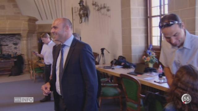 Votations neuchâteloises: Laurent Favre récupère le siège UDC laissé par Yvan Perrin [RTS]