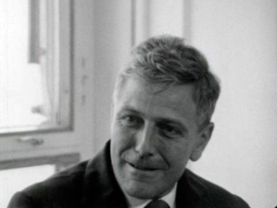 Bernard Gregory présente les avancées de la recherche subnucléaire. [RTS]