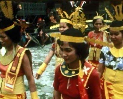 danses pour les habitants de lule de nias