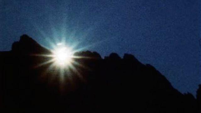 Le solaire ou le rêve de l'énergie illimitée et propre. [RTS]