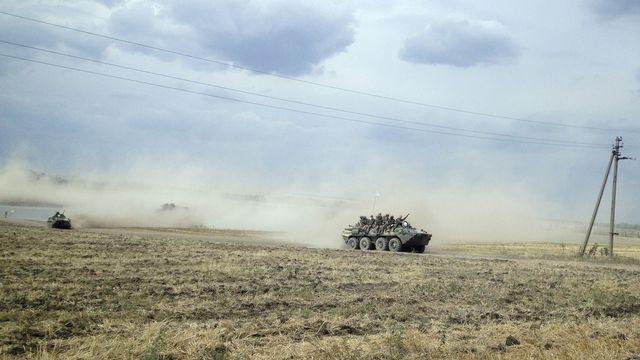 Les troupes russes sont massées près de la frontière avec l'est de l'Ukraine. [Maria Tsvetkova  - Reuters]