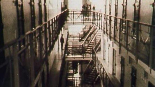 Champ-Dollon à Genève, une prison pas si modèle que cela. [RTS]