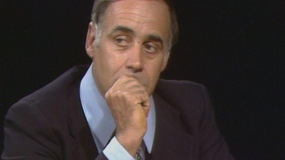 """Jean Ziegler en 1978 sur la plateau de l'émission """"Voix au chapitre"""". [RTS]"""