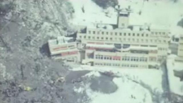 Le sanatorium du plateau d'Assy dévasté par un éboulement. [RTS]