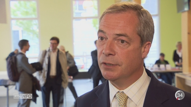Le président du UKIP soutient l'association pour une Suisse indépendante et neutre [RTS]