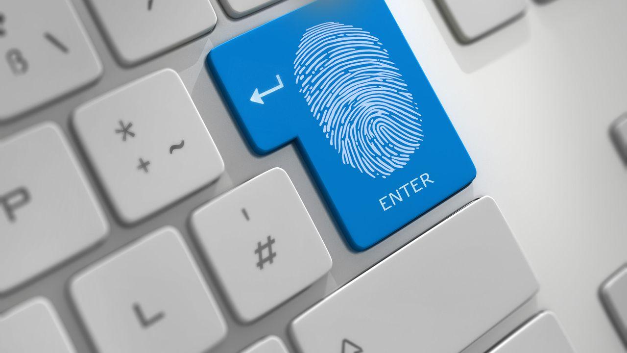 """Chaque internaute laisse une """"trace"""" de plus de 2To par année en utilisant le web. [psdesign1]"""